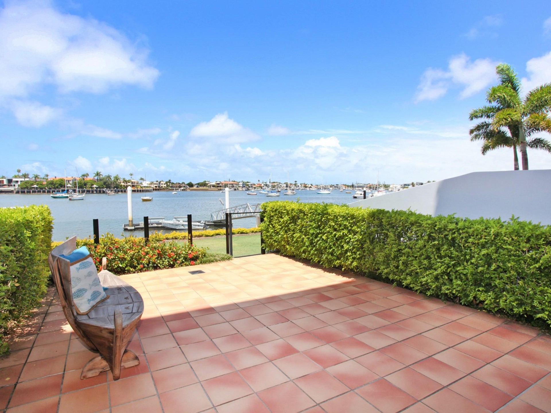 ABSOLUTE Riverfront Mooloolaba