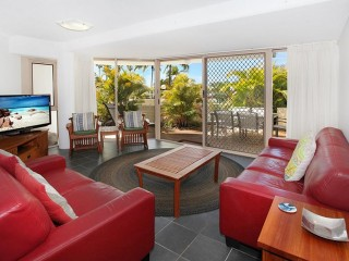 View profile: MOOLOOLABA FRONT ROW - IMPRESSIVE AND PRICED TO SELL