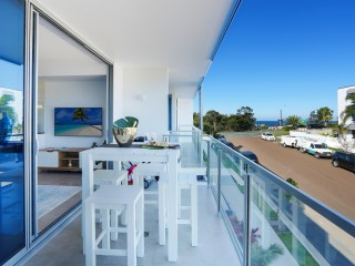 View profile: WOW FACTOR - 1 YEAR OLD PROPERTY IN THE PERFECT LOCATION.