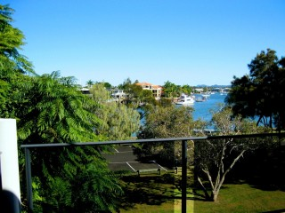 View profile: SPARKLING RIVER VIEWS,CANAL FRONT ON PARKYN PDE 2 B/R Unfurnished Unit