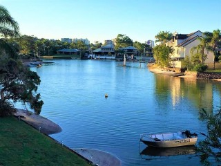 View profile: Mooloolaba Canal  Front Unit  ~ Bright and fresh Fully Furnished 2 BR Unit