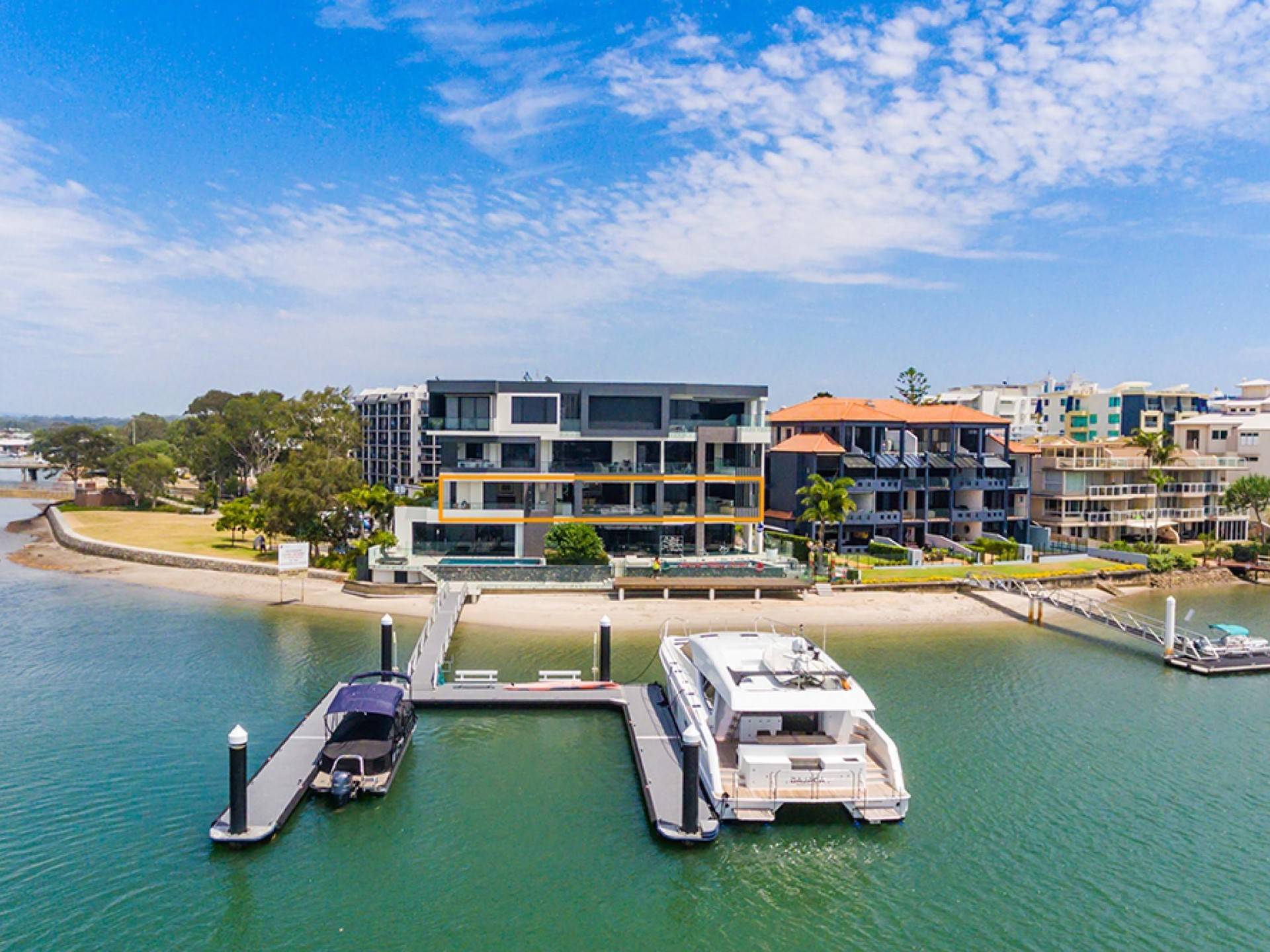 WOW Factor & 32 meters of Mooloolaba Deepwater Frontage